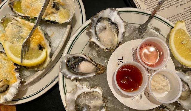 Dan & Louis Oyster Bar – Portland